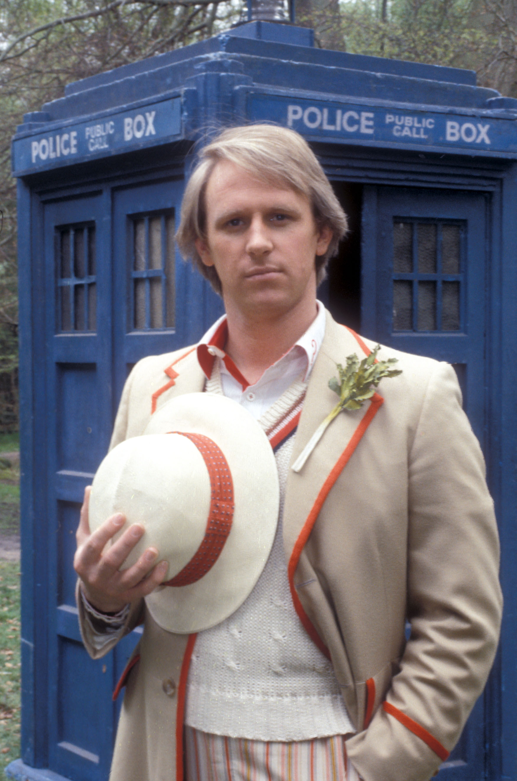 [Image: Peter-Davison-5th-doctor.jpg]