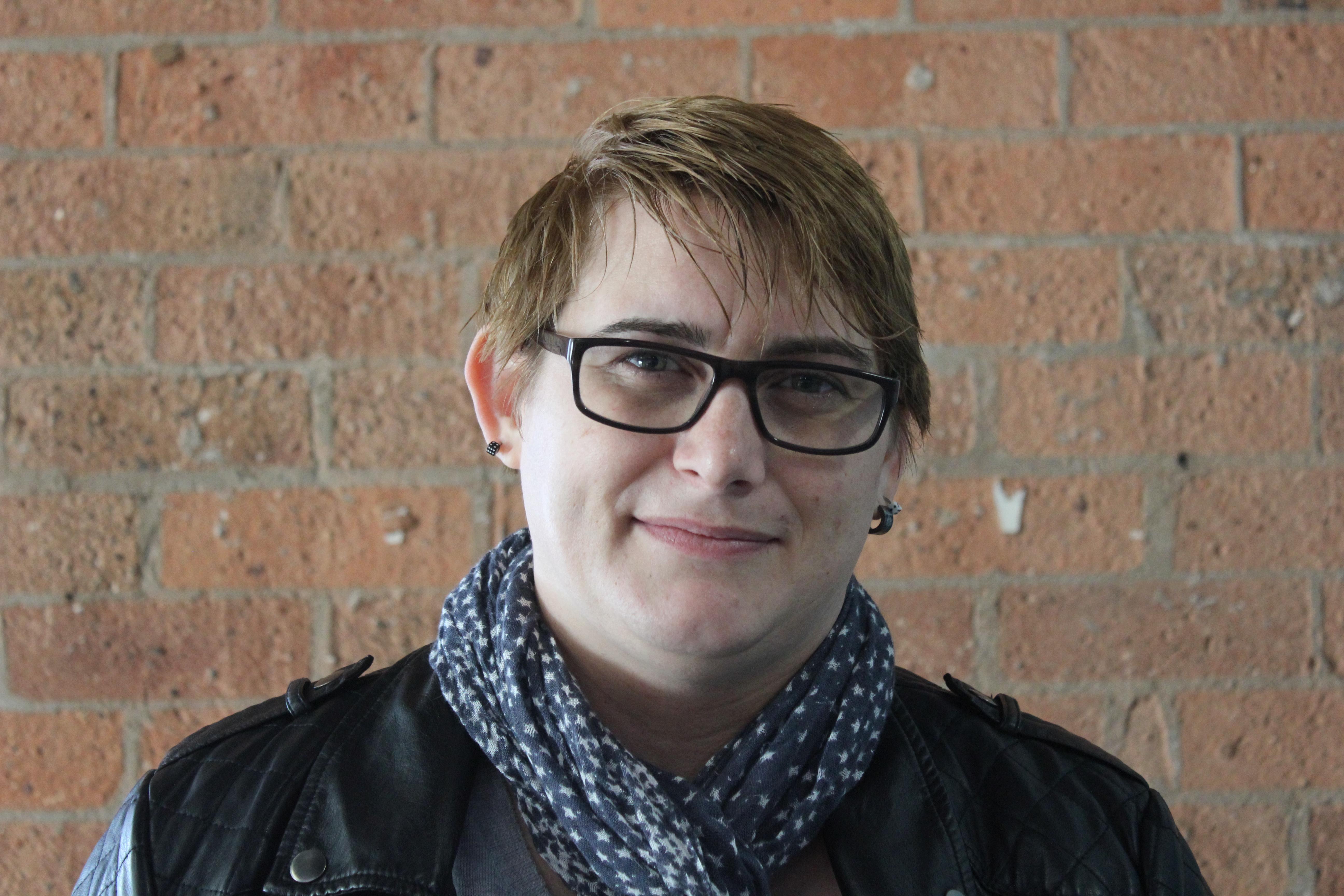 Artist Teresa Avery
