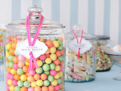 malted-milk-balls-pink-tag-delicious-party-details-0612-mdn