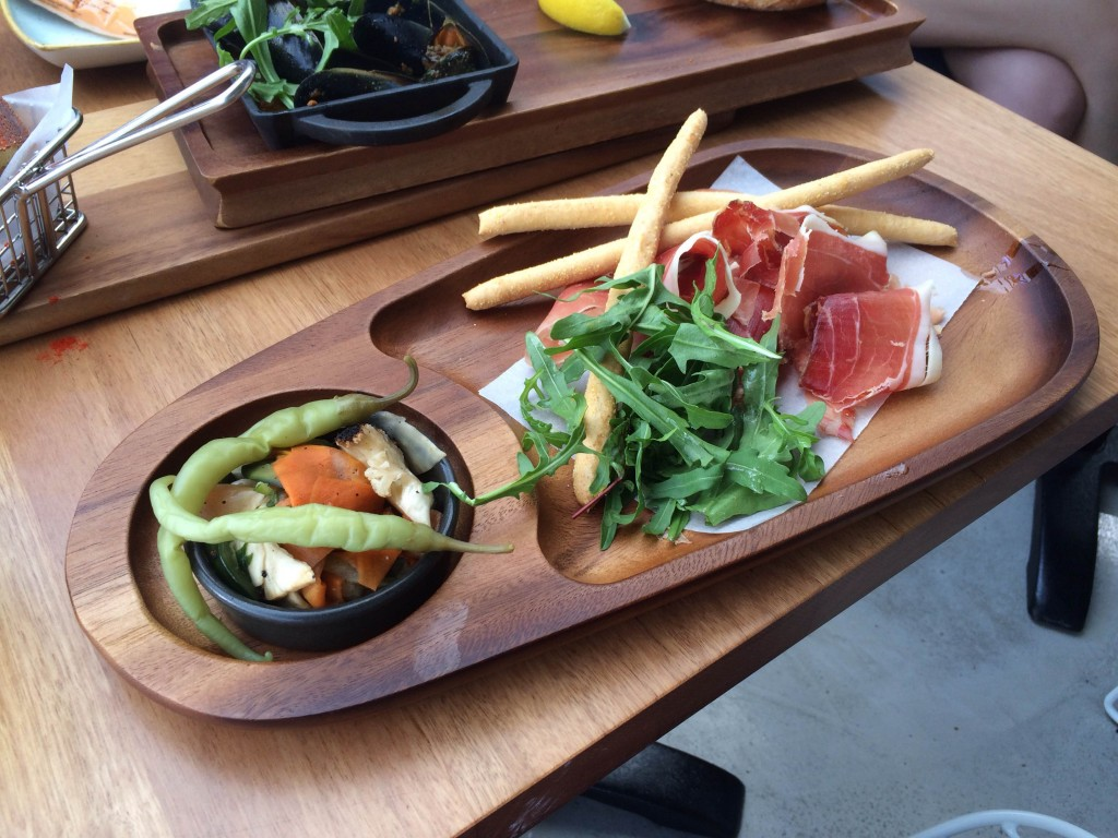 jamon plate