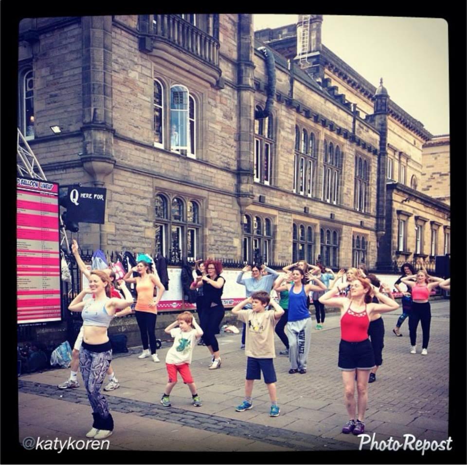 Kids dancing beyonce