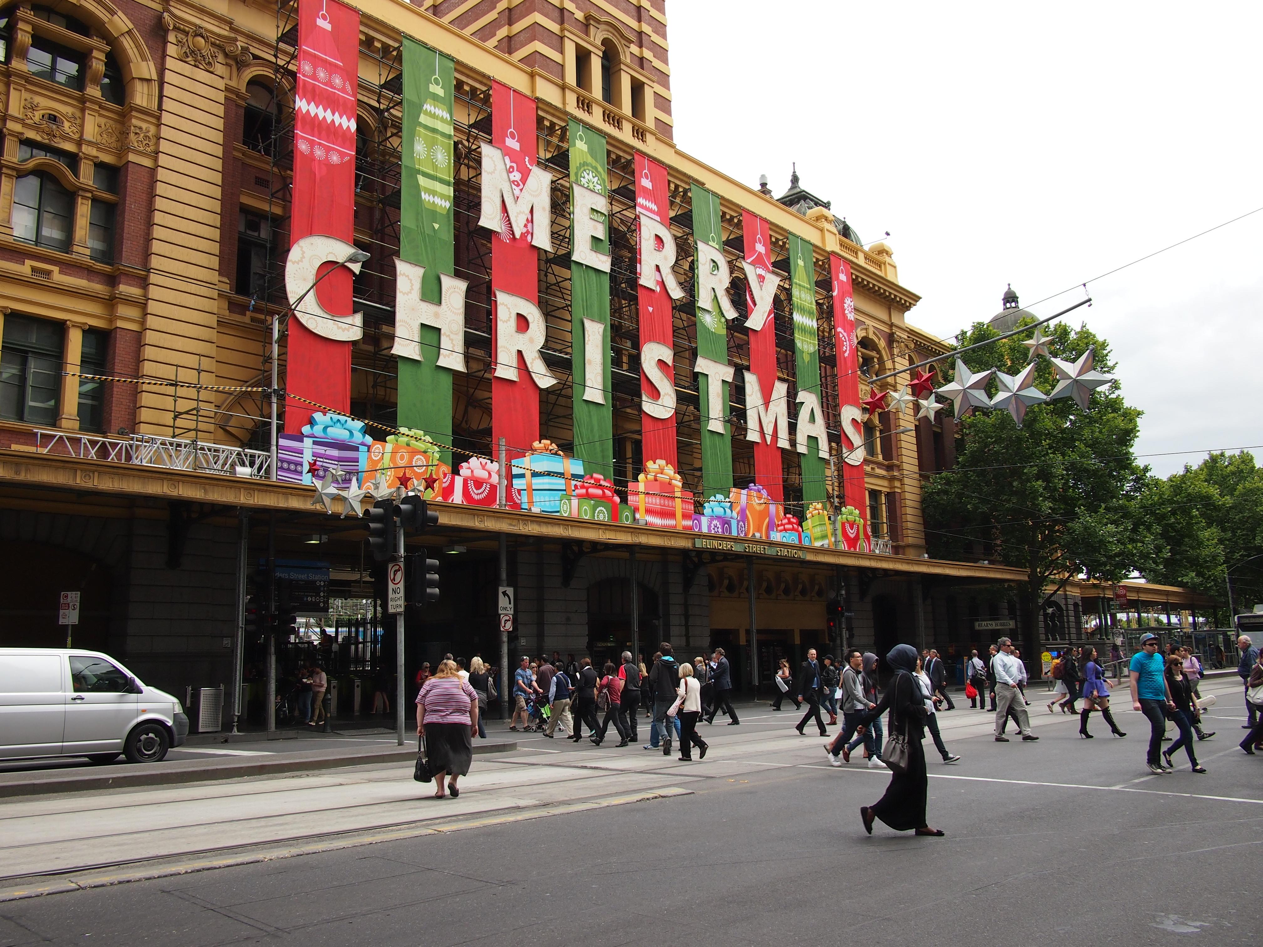 Christmas_message_on_Flinders_St_Station_December_2012
