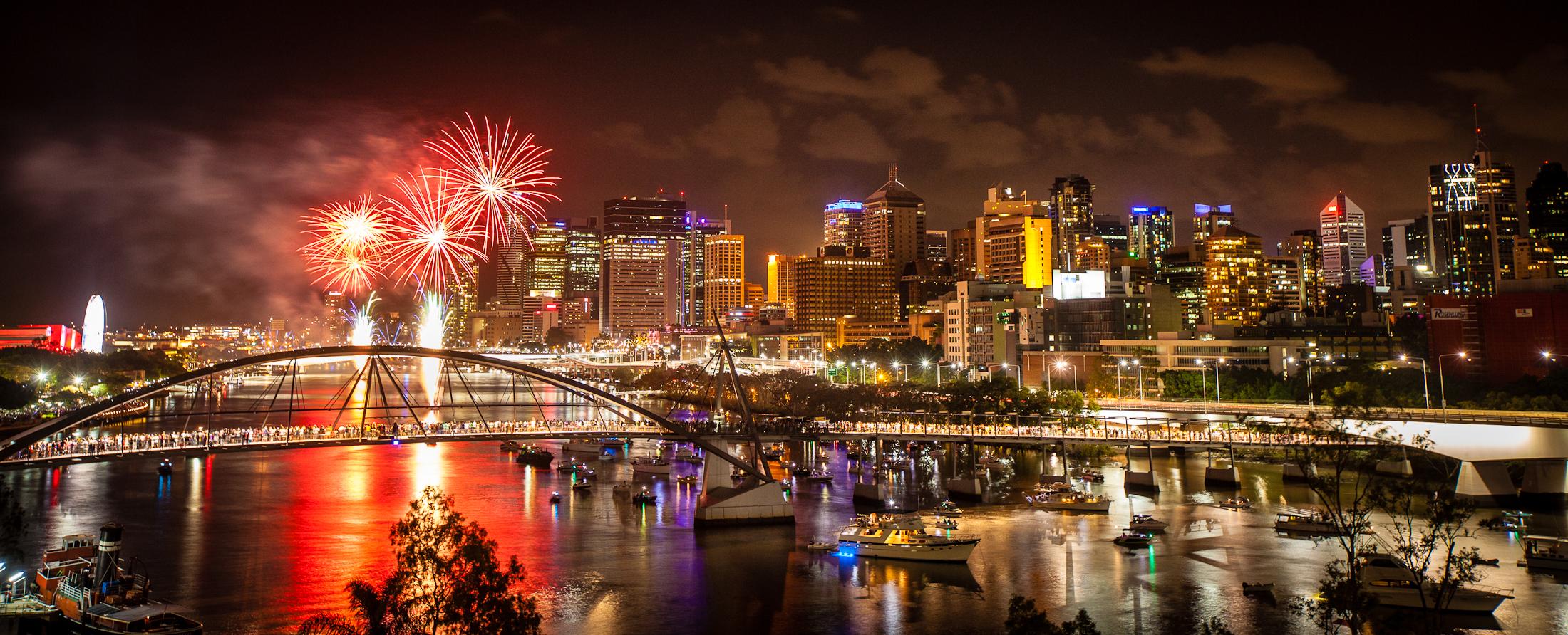 ny-fireworks-brisbane-22823