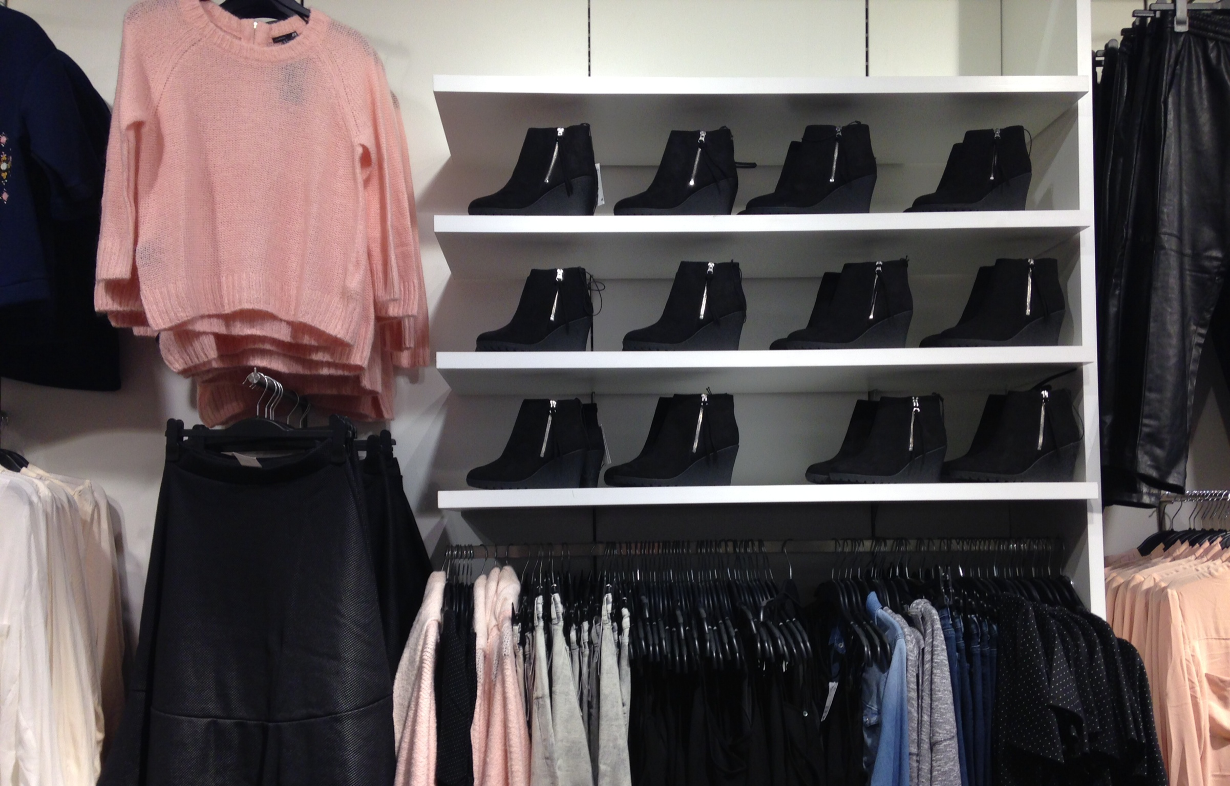 H&M Indooroopilly (2)
