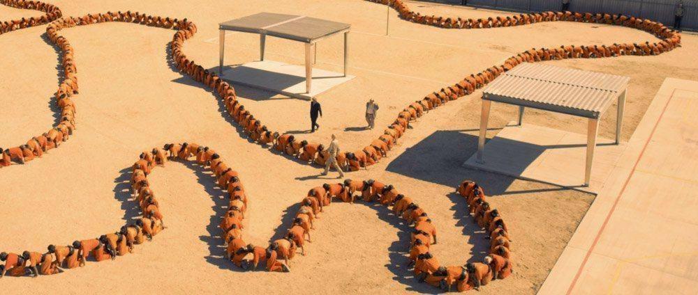 Human Centipede 3 chain