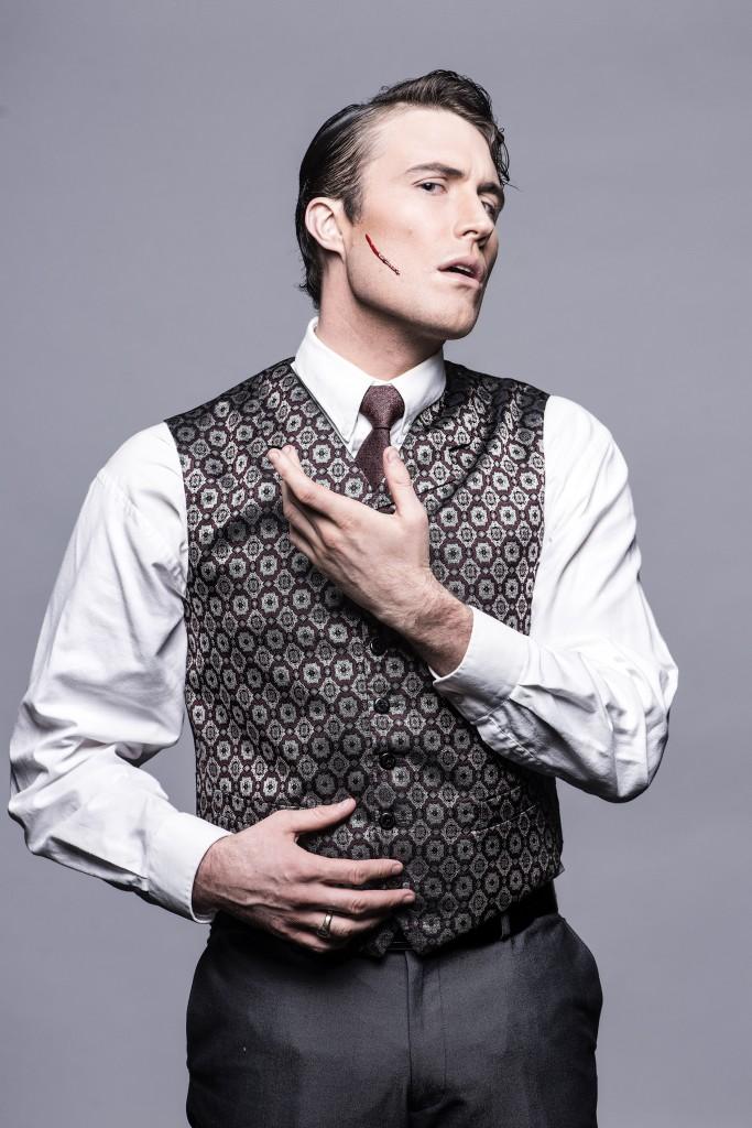 Tim Dashwood as Jonathan Harker