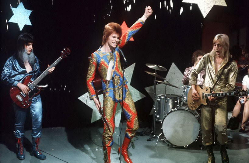 Bowie's iconic performance of Starman