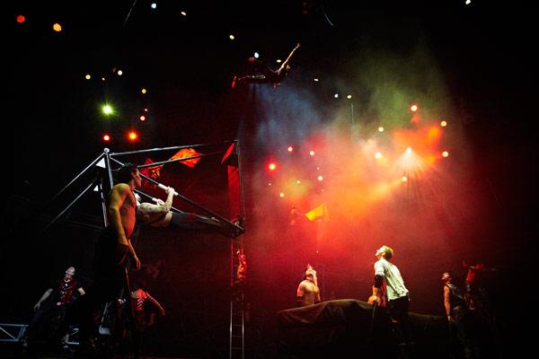 Cirque Adrenaline 4